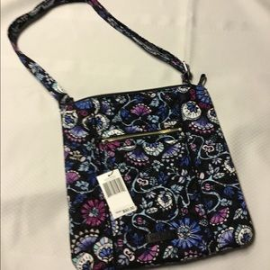 NWT iconic Hipster Bramble